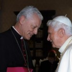 Benoit XVI et Mgr Aumonier