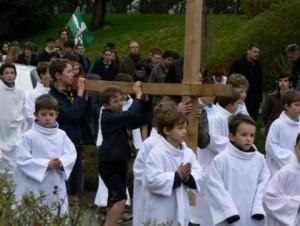 Chemin de croix dans les rues du Chesnay