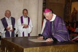 2013-12-22-dedicace-autel-st-pierre-photos-choisies_00052.img_assist_custom-600x399