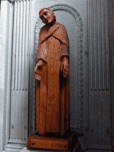 Statue St Vincent Henri Vernhes