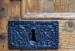 armes famille Gondi sur porte Bailly