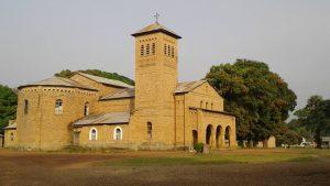Eglise Sainte Thérèse de l'Enfant-Jésus à Niangara_Façade est.